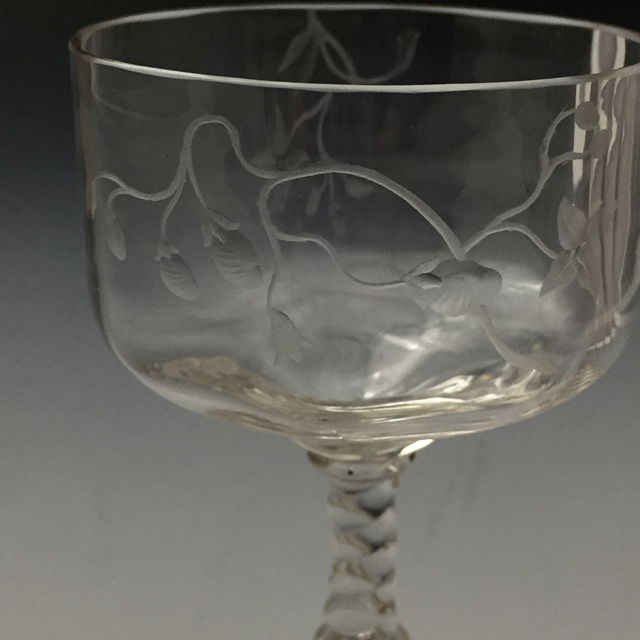 グラスウェア「グラヴィール装飾 草花文 ワイングラス(B)高さ10.5cm」